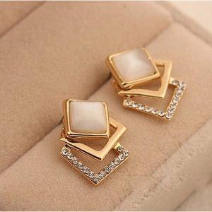Jewelry - Geometric Stud Fashion Earrings